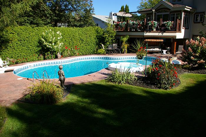 piscine-rouillard-700
